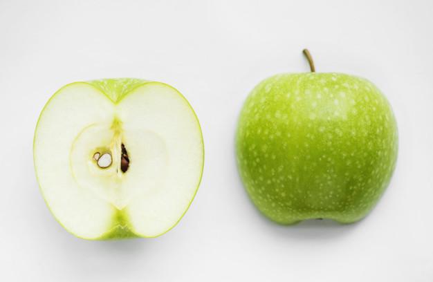 pomme verte coupée